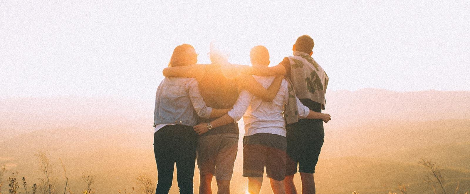 gruppo di amici in viaggio